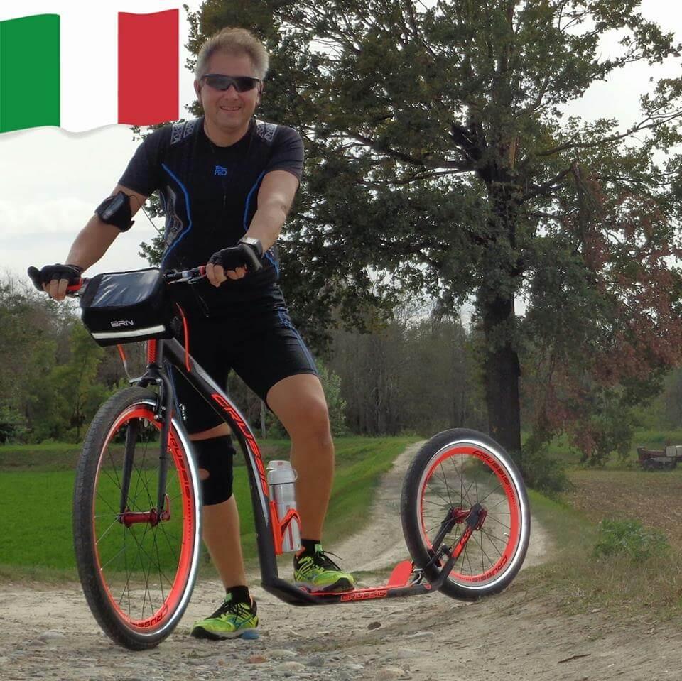 Un nuovo sport dopo l'intervento: la storia in monopattino di Francesco