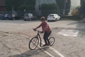 Cinzia e la sua kickbike: un amore a prima vista